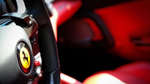 Ferrari GTC4 LUSSO – V12 690cv
